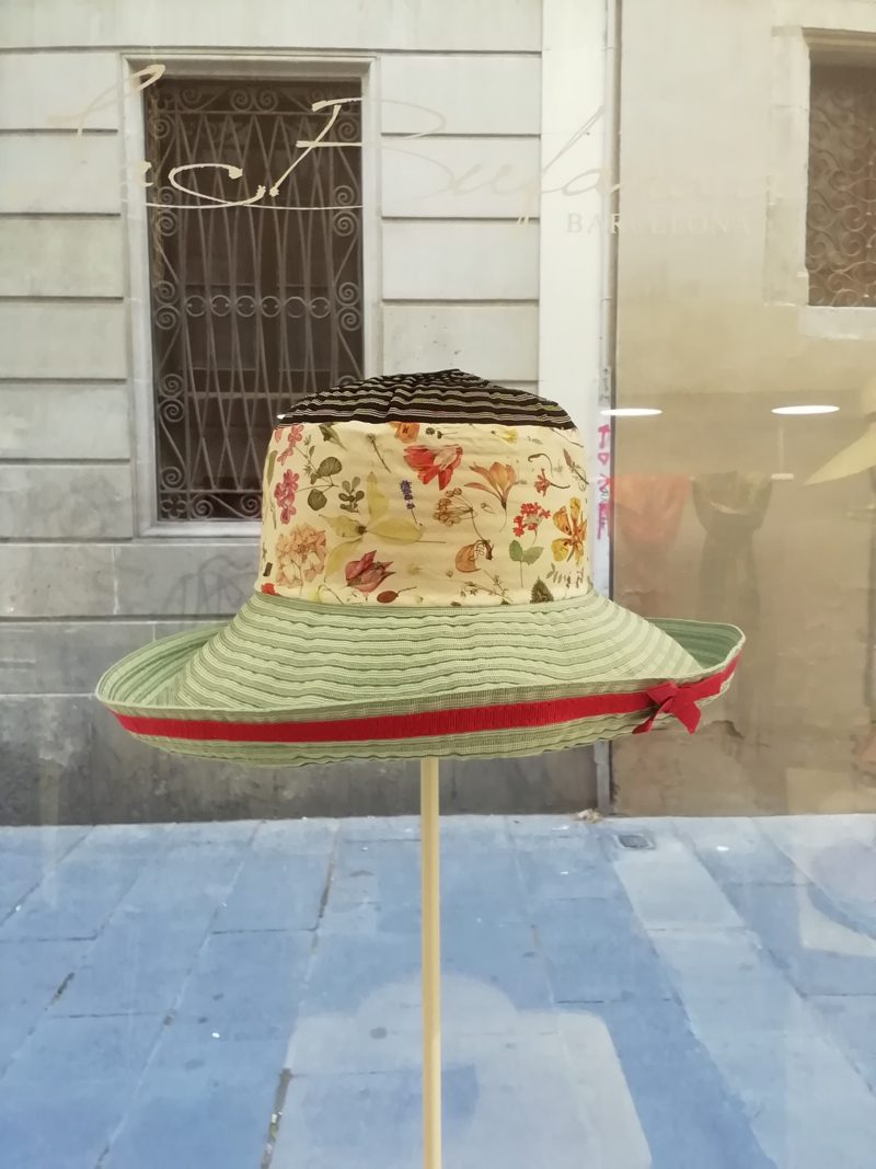 Handmade hat by Grevi. Foldable Pamela, big brim. Soft blue and print flowers fabrics