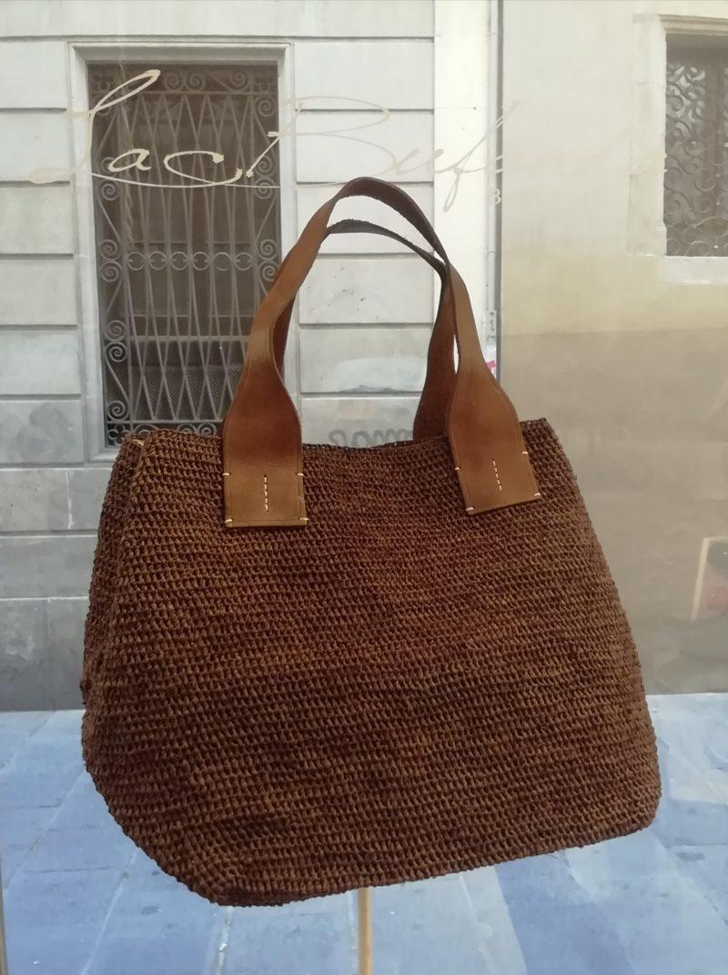 Shopper bag by Ibeliv. Handmade in natural raphia colour grey