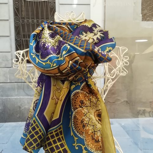 Silk scarf. La Bufanda design. Arabesque style and gold datail