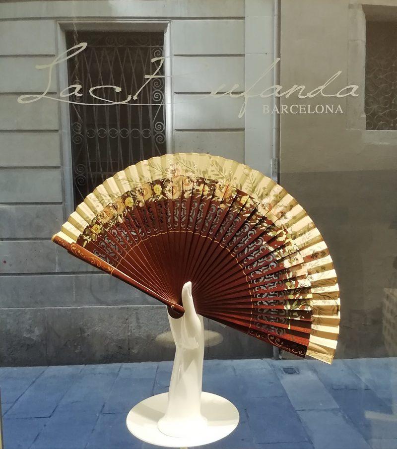 Malvi-handmade-fan-handpainted-flowes-darkwood