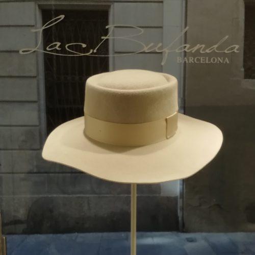 FerruccioVecchi-hat-canottier-lapin