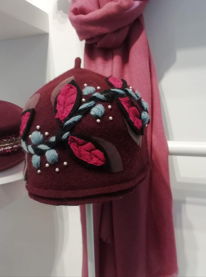 flowers-cloche-hat-garnet-handmade-lechapeau